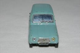 Tr�s belle 4L DE 1962