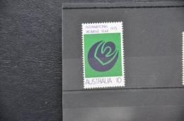 O 176 ++ AUSTRALIA 1975 WOMENS YEAR ++ MNH - NEUF - POSTFRIS - 1980-89 Elizabeth II