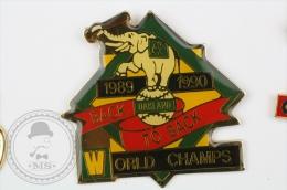 1989 - 1990 Oakland, Back To Back World Champs - Pin Badge #PLS - Béisbol