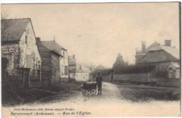 SERAINCOURT ( Ardennes ) / RUE DE L' EGLISE / FACTEUR DISTRIBUANT LE COURRIER / BELLE ANIMATION - Autres Communes