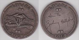 MEDAILLE - Jeton JOHNNY HALLYDAY - Autographe Bercy Septembre 1995 LORADA TOUR 18 ème Album, Diamètre 50 Mm (voir Scan) - Autogramme