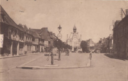 CPA - St Meen Le Grand - Place Des Combattants - Hôtel De Ville - France