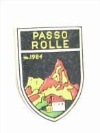 PASSO ROLLE RIFUGIO   VECCHIA  PATCH - TOPPA   TELA  PANNO TESSUTO GOMMA - Patches