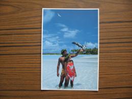 Polynésie Française                  Jeune Couple Polynésien - Polynésie Française