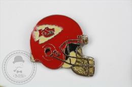 Kansas City  Chiefs American Football Team - Pin Badge #PLS - Fútbol