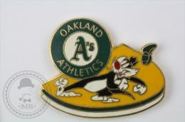 Oakland Athletics - Warner Bros. Silvester - Pin Badge #PLS - Béisbol