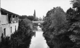 Cpsm  VIC FEZENSAC, Gers ,  Vue Panoramique (!) Sur L'osse, Pont Métallique  (44.10) - Vic-Fezensac