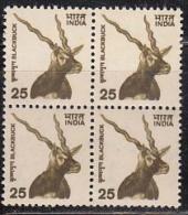 Definitive 9th Sereis, 2000-2002 Wildlife, 25p Black Buck 2000, Animal, Block Of 4, - Blocks & Kleinbögen