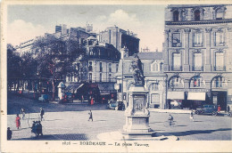 BORDEAUX - 33 - CPA COLORISEE TRES ANIMEE De La Place Tourny S - VAN - - - Bordeaux