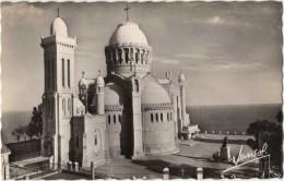 Algérie, Alger Vers 1955. Basilique De Notre-Dame D'Afrique - Eglises Et Couvents