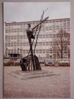 Opel Kadett C, Simca Horizon, Peugeot 205, Austin Allegro, Hans Van Eerd, Monument AI, Wilhelminaplein, Eindhoven - PKW
