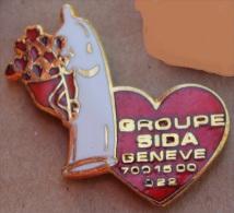 GROUPE SIDA GENEVE - CAPOTE - PRESERVATIF      -            (11)