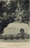 CARCASSONNE MILITARIA : Monument Aux Enfants De L'Aude Morts Pour La Patrie Du Statutaire CARILLON R - Monumentos A Los Caídos
