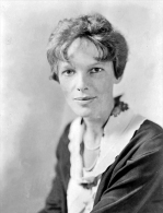 @@@ MAGNET - Amelia Earhart - Publicitaires