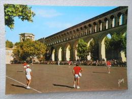 CP 34 MONTPELLIER  - Un Sport Régional  : LE TAMBOURIN  Se Joue Aux Arceaux - Montpellier