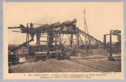 SAINT - LEU - D'ESSERENT . Mme Thévenot . Cribleur Nord Et Chargement Sur Embt Particulier . Sablière . - France