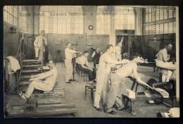 Weiber Hirscht. Lahmann's Sanatorium. In Der Filassage -- Men That Exercise.  ---- Postcard Traveled - Dresden