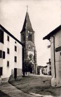 D64  BRISCOUS  L' Eglise Et Le Monument Aux Morts  ..... - France