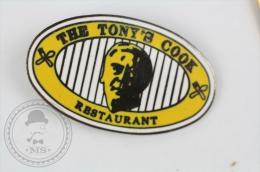 The Tony´s Cook Restaurant - Pin Badge #PLS - Marcas Registradas