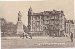 CPA Animée -  NAMUR (Belgique) - Place Léopold - Institut Du Dr Bribosia - Namur