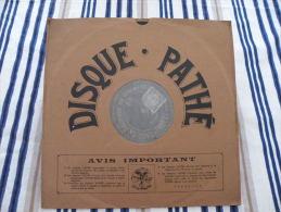 Disque Pathé Saphir 90 à 100 Tour,29cm - 3805 & 3810, La Boiteuse Du Régiment La Dernière Carotte - 78 T - Disques Pour Gramophone