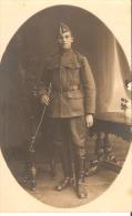 Militaire Soldat  (photo Carte - Uniformes