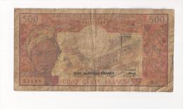 Billet De 500 Francs. (Voir Commentaires) - Camerun