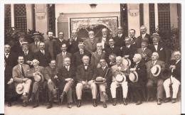 """31.   LUCHON.   CARTE-PHOTO.   """"groupe Des Anciens De Luchon à L´issue D´un Déjeuner"""".   TBE.1926. - Luchon"""