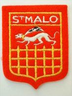 ECUSSON TISSUS BRODE  - ST MALO - Blazoenen (textiel)