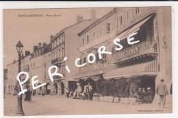 54  Pont à Mousson  Place Duroc  (café Janin) - Pont A Mousson