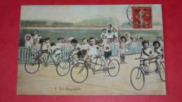 La Bicyclette- Enfants En Vélo, Tandem - Enfants