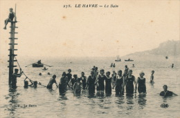 LE HAVRE - Le Bain (belle Carte Animée Avec Baigneuses) - Non Classificati