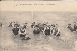 59 MALO LES BAINS  SCENE DE PLAGE L´HEURE DU BAIN - Malo Les Bains