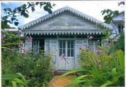 974 - ILE DE LA REUNION -  Océan Indien Ile Bourbon - Case Créole A Saint Denis - Saint Denis