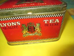 Boite   Métallique/Thé/ LYONS TEA/ Jersey British Isles/ /vers 1950      BFPP31 - Boxes