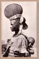 L´AFRIQUE NOIRE - CPSM - ETHNIQUE - 799 - JEUNE FEMME FOULA ET SON ENFANT - BIJOUX - COIFFURE - éd. HOA-QUI - Postcards