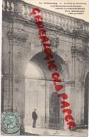 """27 -  SAINTE OPPORTUNE DU BOSC - CHATEAU DU CHAMP DE BATAILLE - PORTE MONUMENTALE """" NUL S'Y FROTTE """" - Autres Communes"""