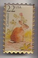 Pin's En Forme De Timbre Lapin Cottontail Réf  6938 JL - Animals