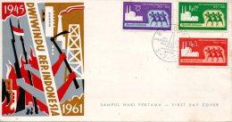 INDONESIE. N°250-2 De 1961 Sur Enveloppe 1er Jour (FDC). Indépendance. - Indonesia