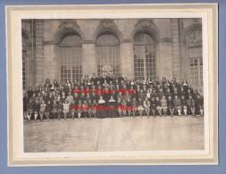 Photo Ancienne - VERDUN ( Meuse ) - Ecole Religieuse De Jeunes Filles à Identifier - Voir Soeur - Cour De L' Evéché - Luoghi