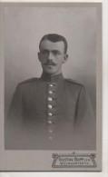Nr. 2139,  Kleines Kabinettfoto, Uniformen, Soldaten,  Ca. 6,5cm X 10,5 Cm, Weingarten - Guerra 1914-18