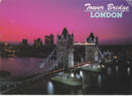 Big Card,Tower Bridge,London,England ,L16 . - London
