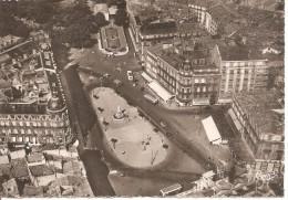 34 MONTPELLIER 1958 Vue Aérienne De La Place De La Comédie Et Esplanade Pharmacie Lamouroux - Montpellier