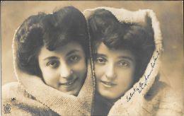 [DC5534] CARTOLINA - RARA - RITRATTO DI DONNE - FOTOGRAFICA - Viaggiata Primi '900 - Old Postcard - Femmes