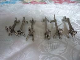 6 PORTE COUTEAUX ANIMALIERS EN METAL ARGENTE BONNE QUALITE - Silverware