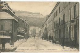 REMIREMONT...VOSGES....rue De La Courtine...Fort De Parmont....SOUS La NEIGE.....Animée... - Remiremont