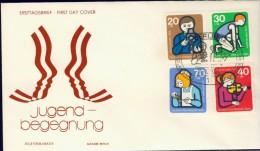 BL6-119 WEST BERLIN 1974 FDC MI 468-471 JUGEND, YOUTH, JEUGD, JEUNESSE. - Kindertijd & Jeugd