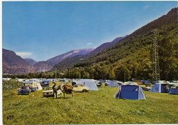 Camping Borda Mateu Andorra La Vella Valira Auto Fregate Renault 8 Et Panhard - Andorre