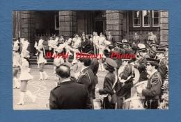 Carte photo - En ALLEMAGNE / DEUTSCHLAND - Lieu � identifier - Rathaus - Fanfare - voir �cusson