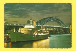 """Postcard - Ship """"Canberra"""", Sydney          (V 22993) - Sailing Vessels"""